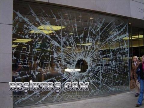 Beşiktaş cam, Beşiktaş camcı, Mavi cam, 0532 245 00 78 Dükkan camı, mağaza camı, vitrin camı, vitrin, cam, camcı, cam kapı, cam takma, ayna, dükkan cephesi, camcı, ayna, ayna kaplama, ayna döşeme, alüminyum doğrama, alüminyum cephe, işleri merkezi